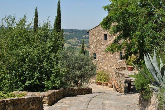 Castello Bibione driveway