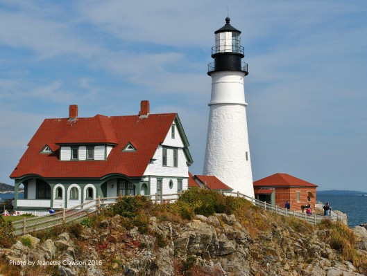 portland-head-lighthouse-whole-thing-jpg