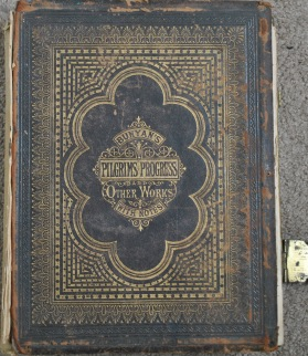 pilgrims-progress-cover