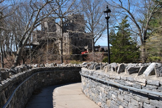 Gillette castle path