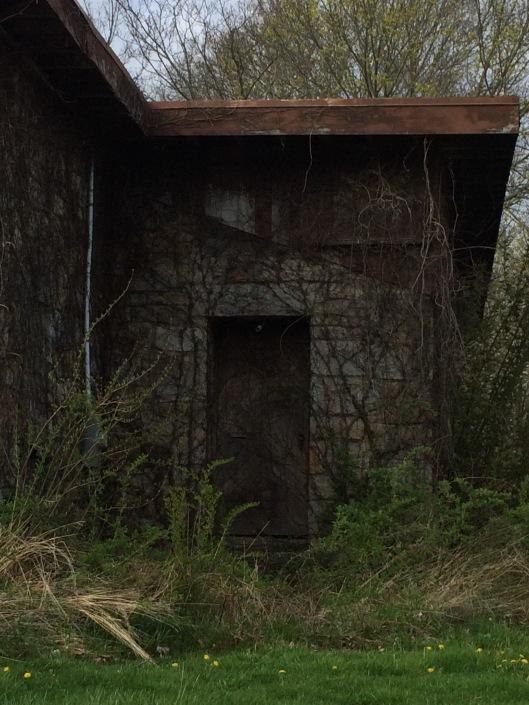 Narragansett door