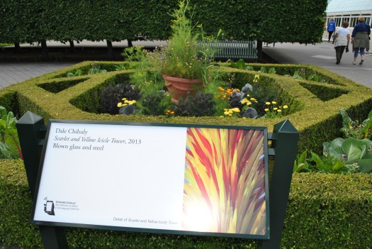 NYBG Chihuly outside conservatory red and yellow sign