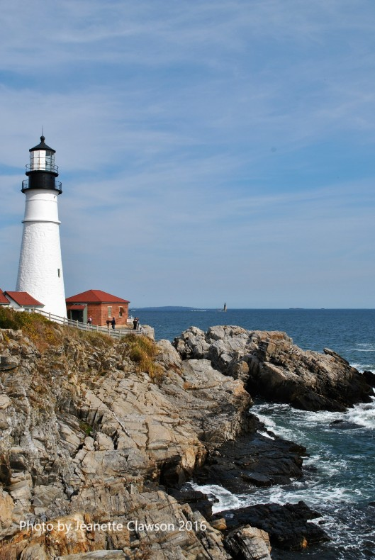 Portland Head Lighthouse and rocks.jpg